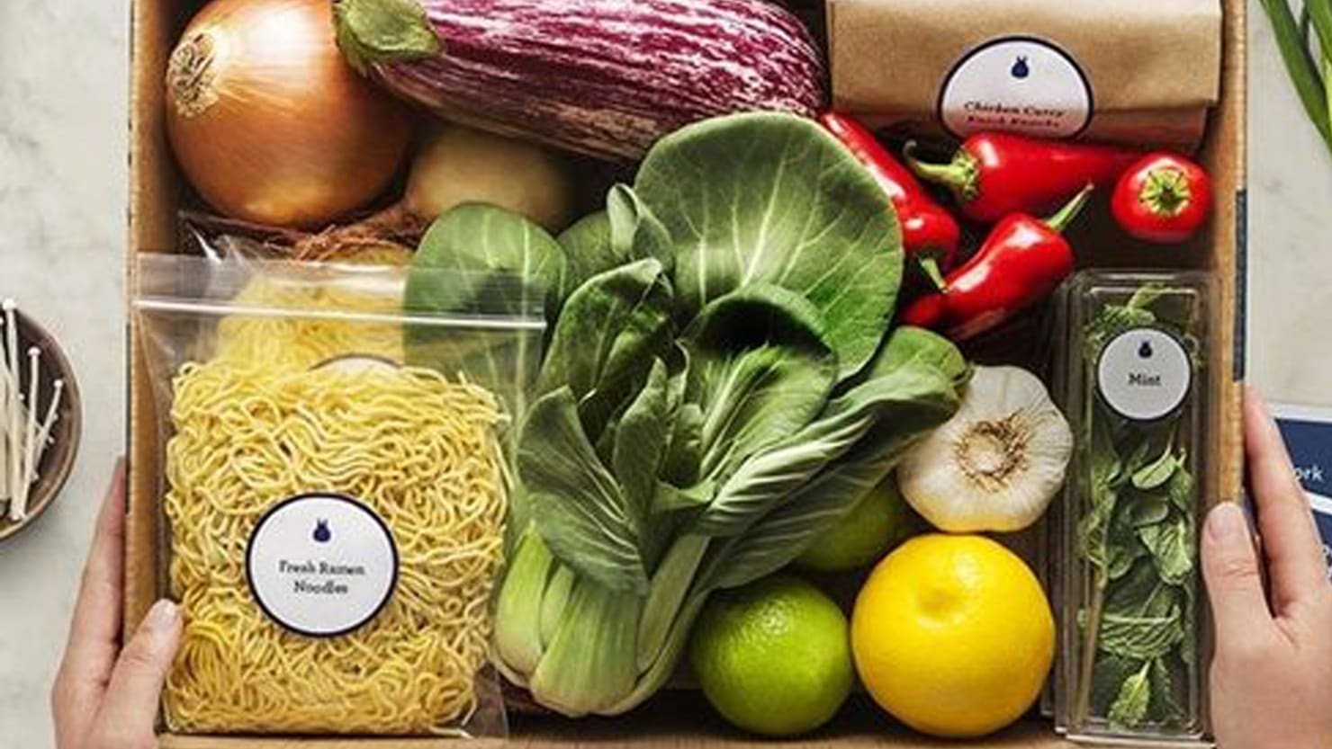Blue apron users - Blue Apron Will Deliver World Class Ingredients To Your Door For Less Than Getting Them At The Grocery Store