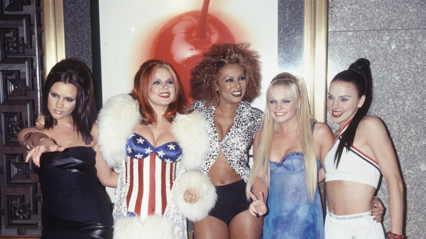 Fashions of the 90s 23