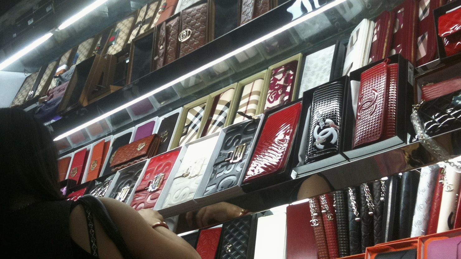 Best place to buy replica watches - The U S Tells You Where To Buy The Best Fake Designer Handbags Pirated Movies And More