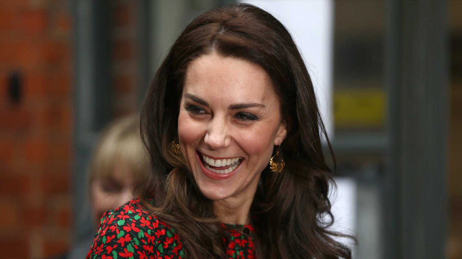 Kate middleton closer photos online PICS Kate Middleton Photo Scandal Topless Photos In Closer