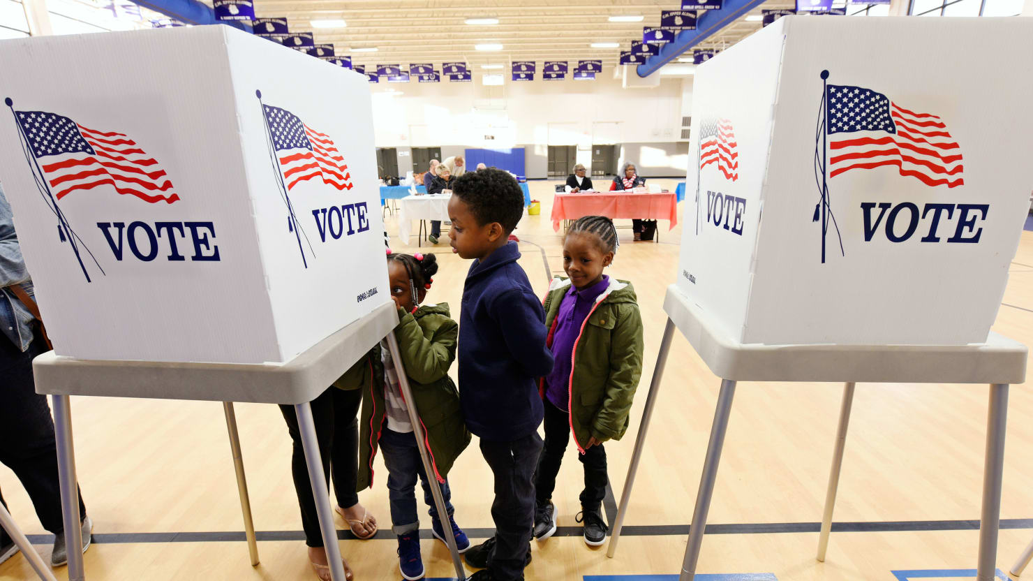 Records on line for 198 million voters
