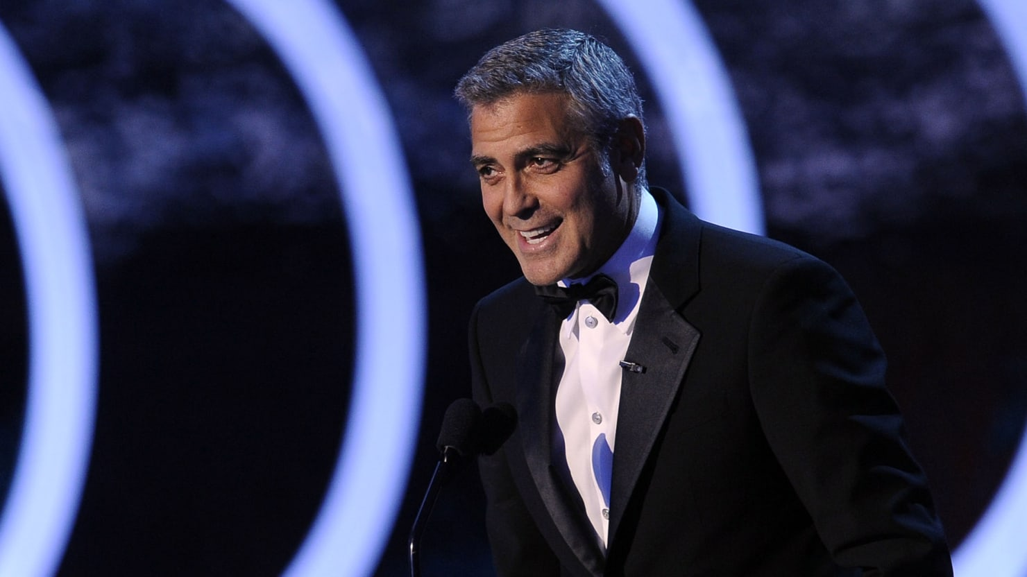 Clooney Raises $15M for Obama