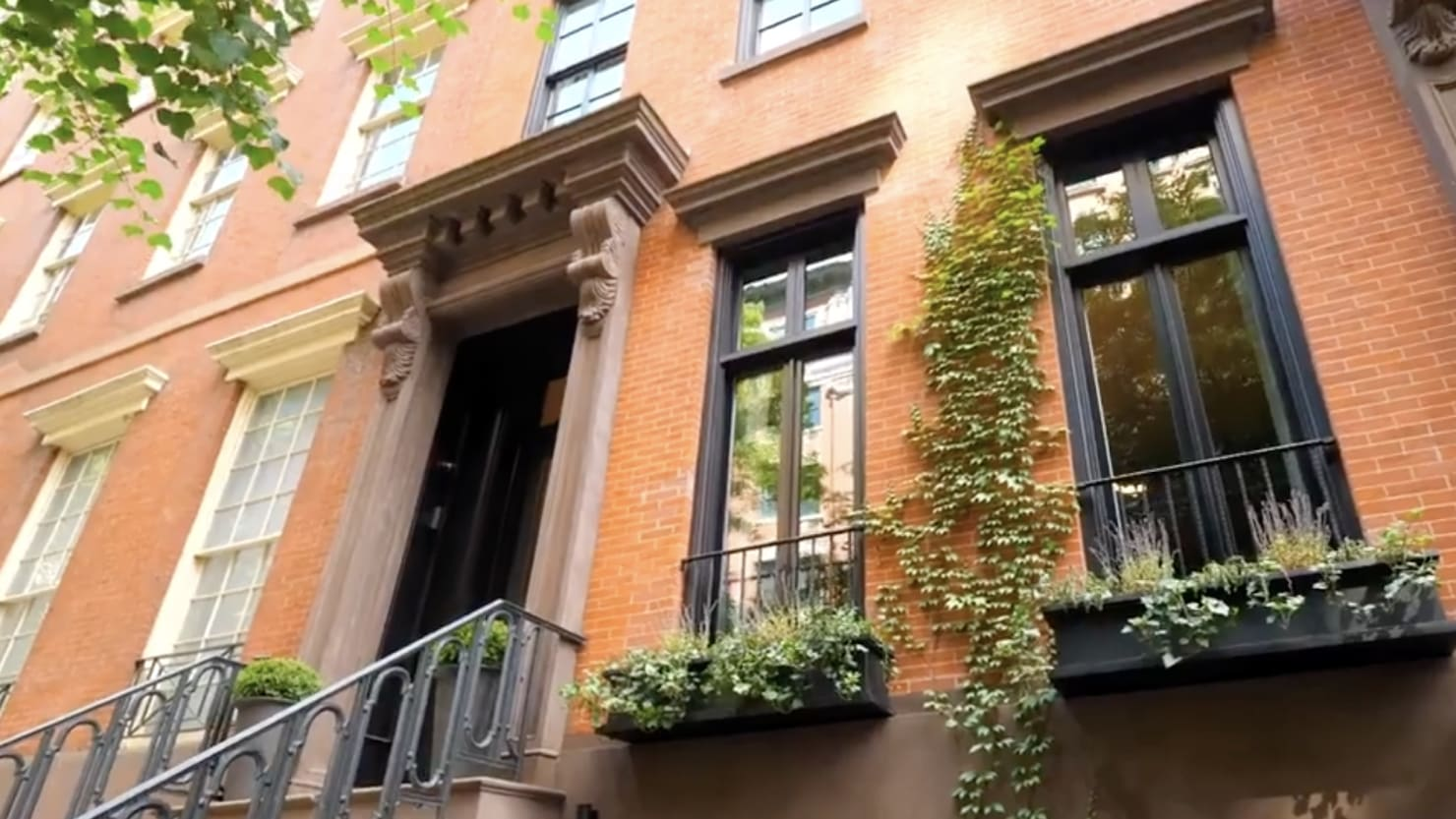Mystery Buyer Pays $28.5M in Cash for NYC Home They Never Visited