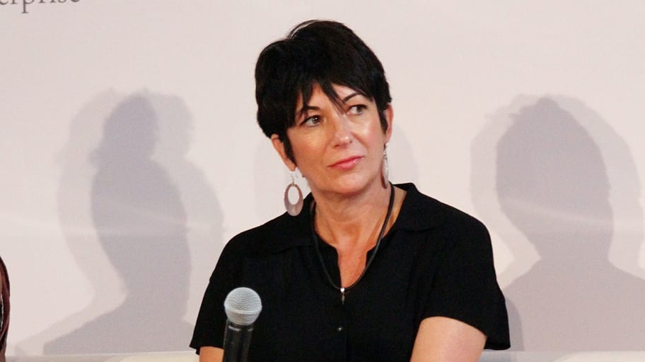 Author: Ghislaine Maxwell Spotted Reading at In-N-Out Caused My Book to Sell Out on Amazon