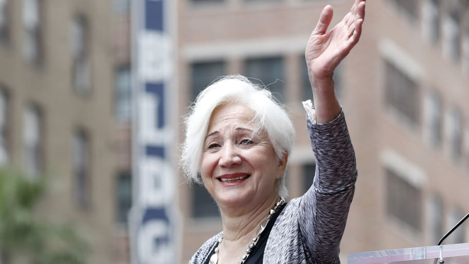 """Oscar-Winning Actress Olympia Dukakis,Best Known For Her Roles in """"Moonstruck""""and""""Steel Magnolias"""", Dead at 89"""