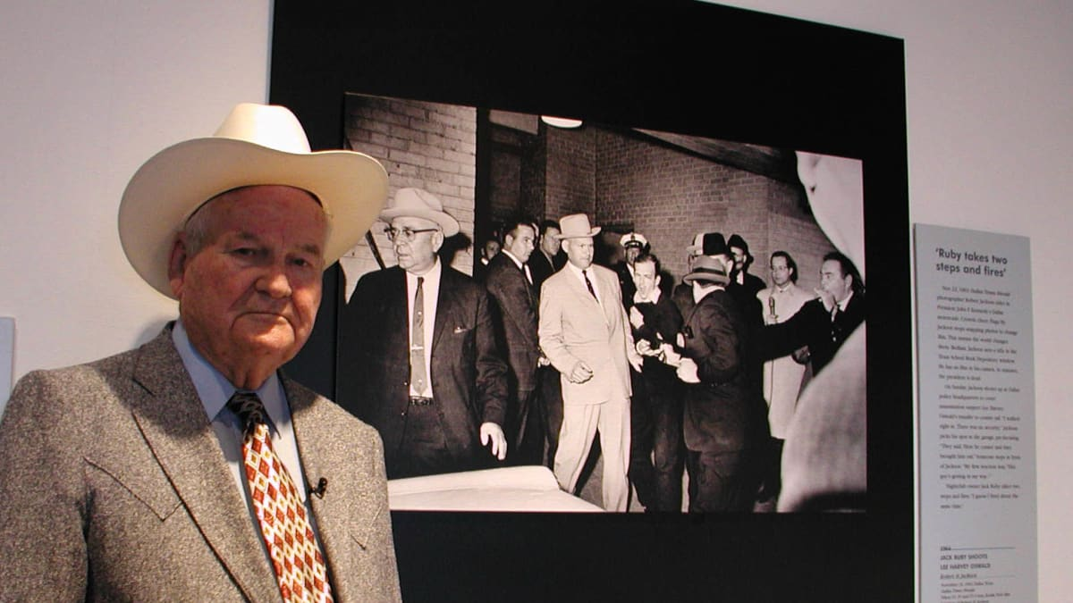 James Leavelle: Detective Who Was Handcuffed to Lee Harvey Oswald as He Was Shot Dies at 99
