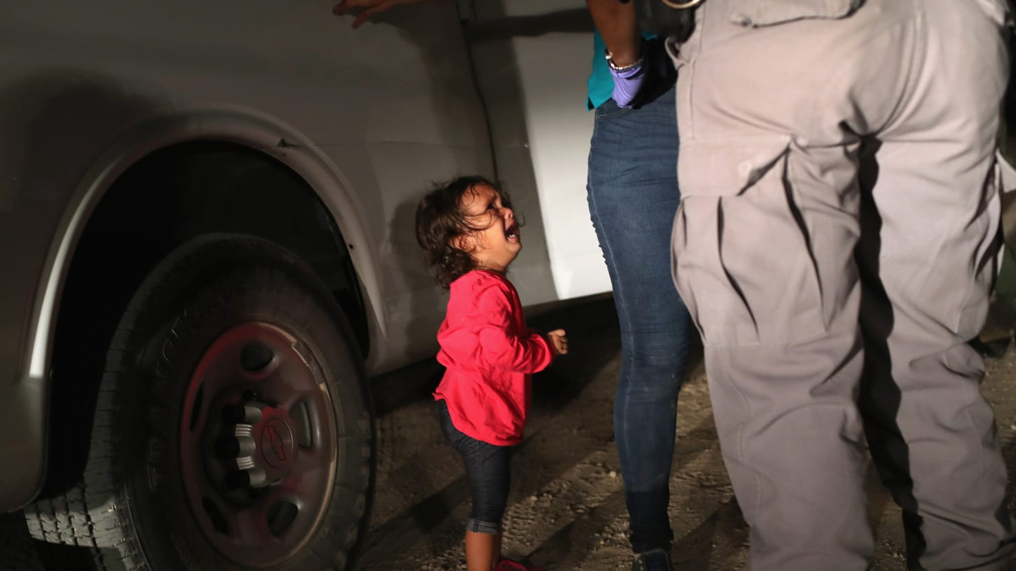 Immigrant Girl in Viral Photo Was Reunited With Her Mom