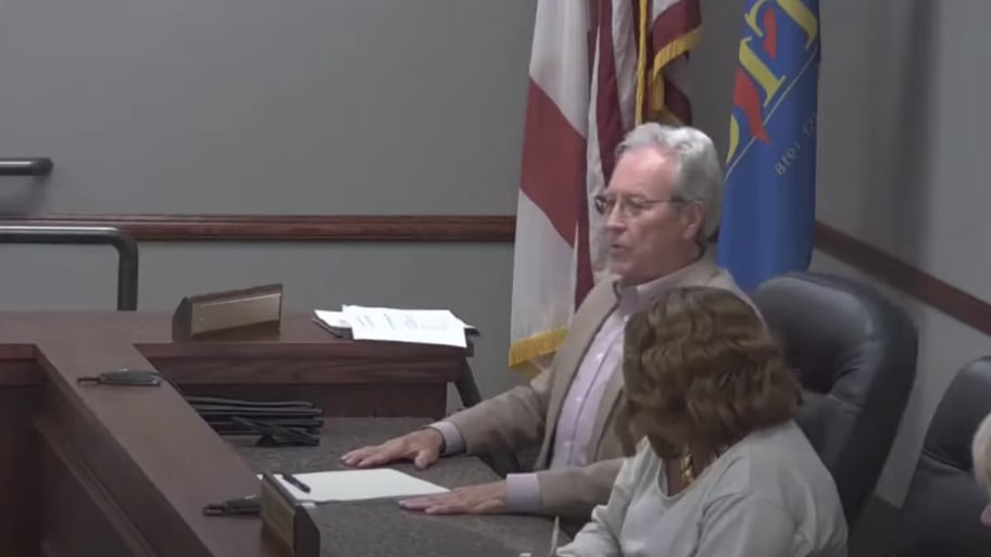 WATCH: White Alabama City Councilman Tommy Bryant Blames Black Mayor After Referring To Black Colleague  N-Word During Meeting, Refuses To Apologize For Remark