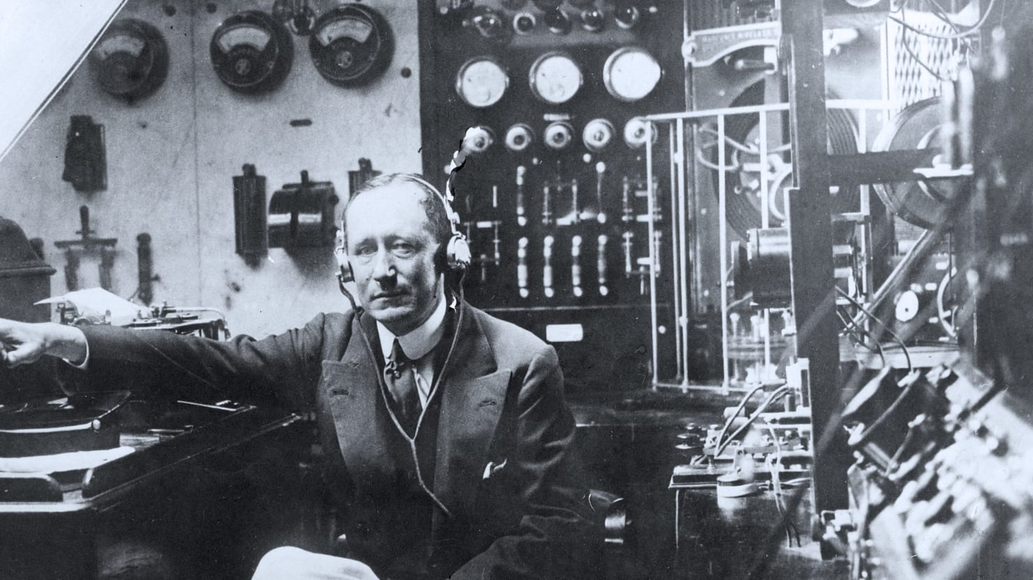 How Marconi Gave Us The Wireless World