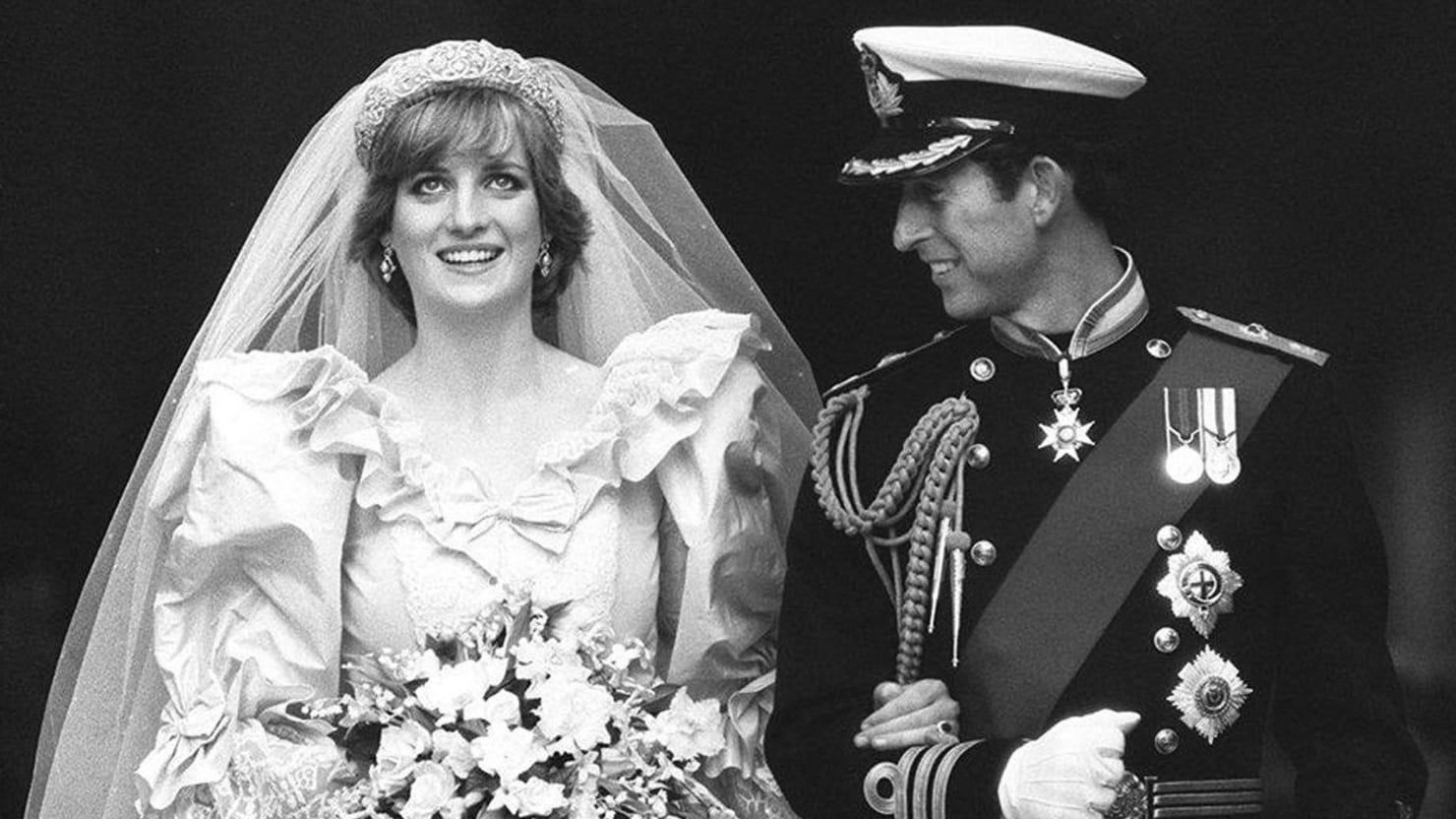 Princess Diana Wedding Dress Feud Rumbles In The Jungle!