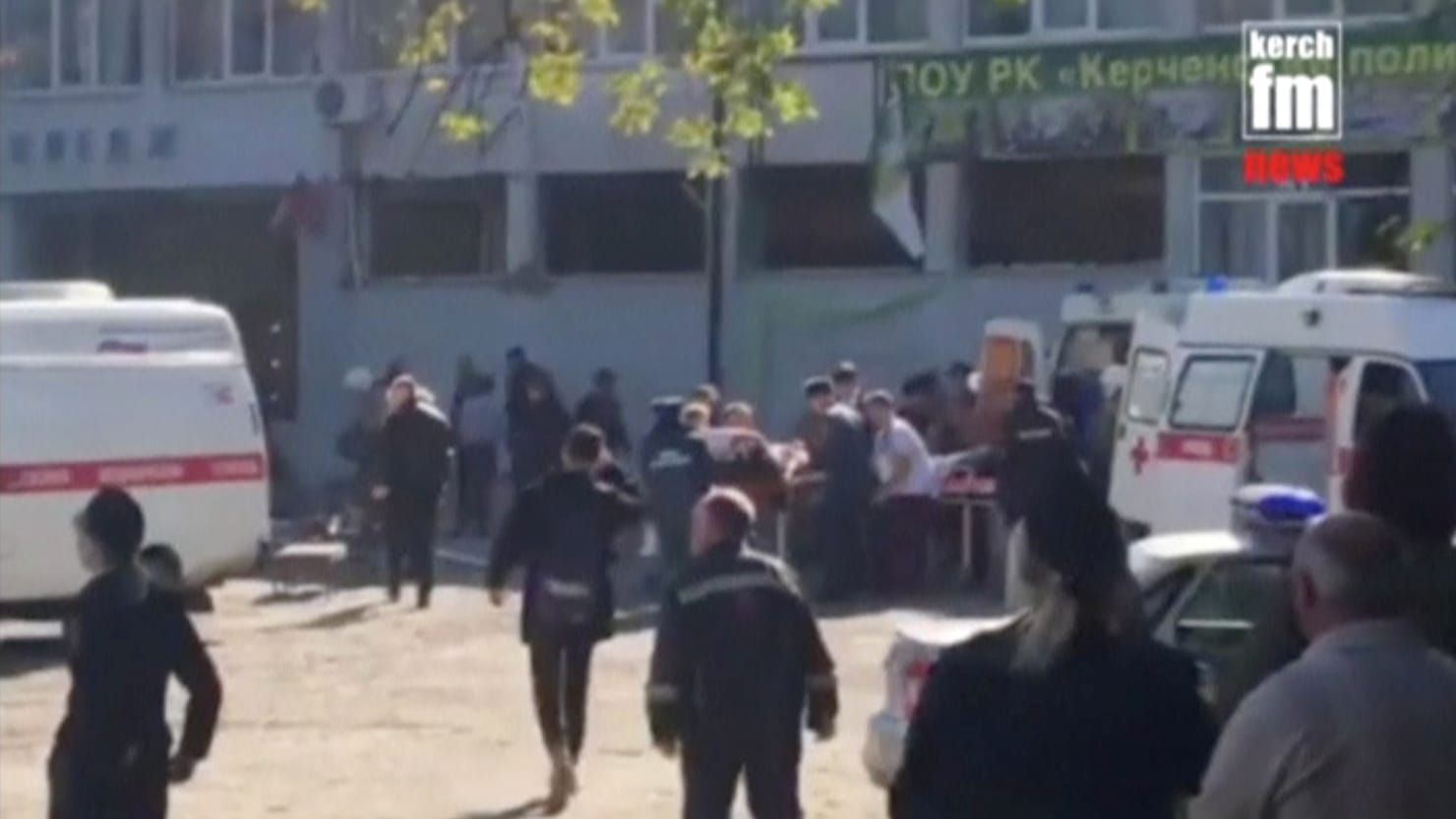 Gunman kills 17 in Crimea