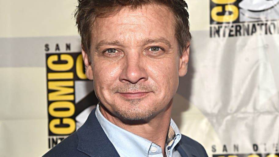 Jeremy Renner's Ex-Wife Claims He Threatened to Kill Her, Put Gun in His Mouth