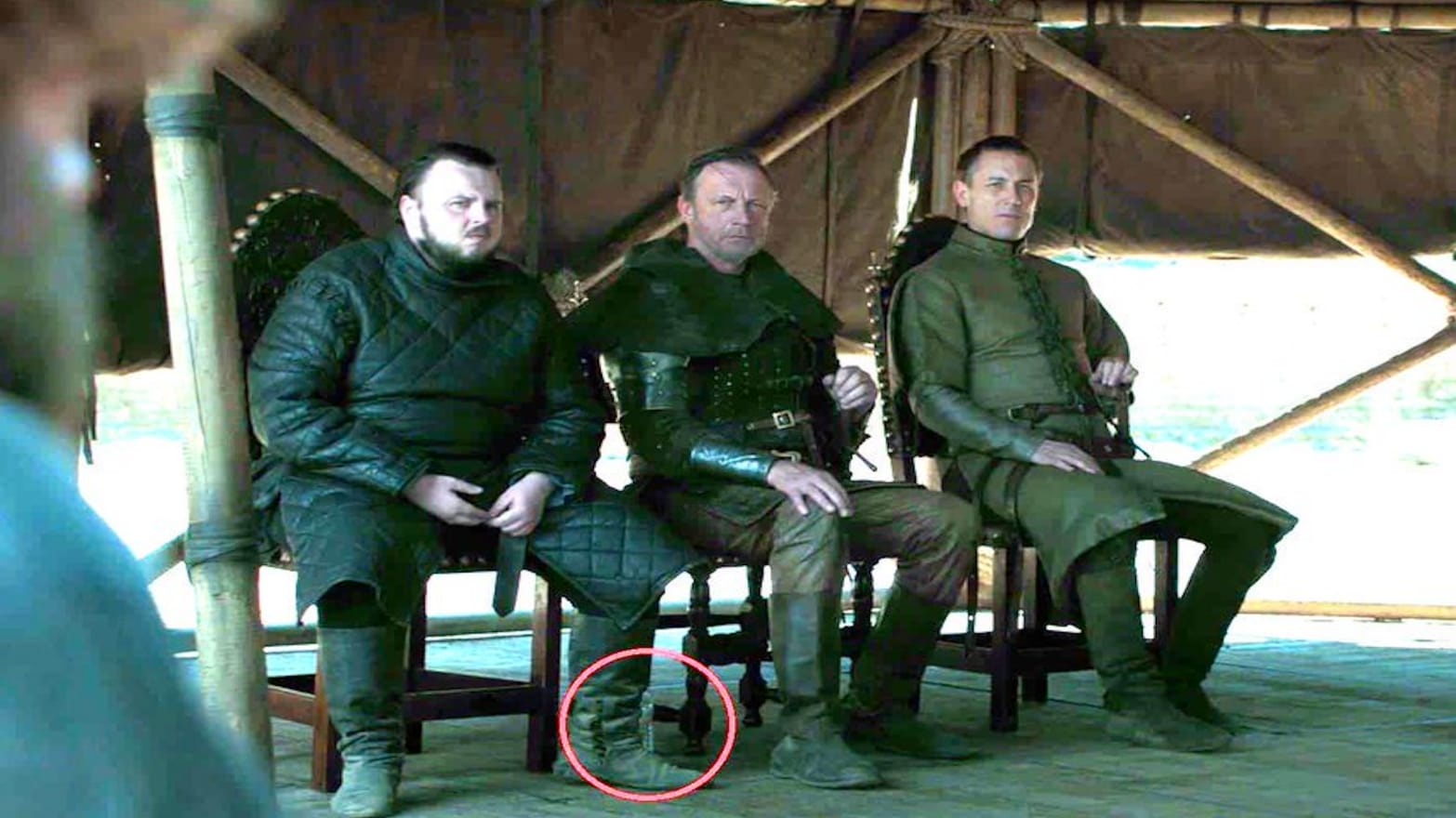 'Game of Thrones' Finale Gaffe: First a Coffee Cup, Now a Plastic Water Bottle