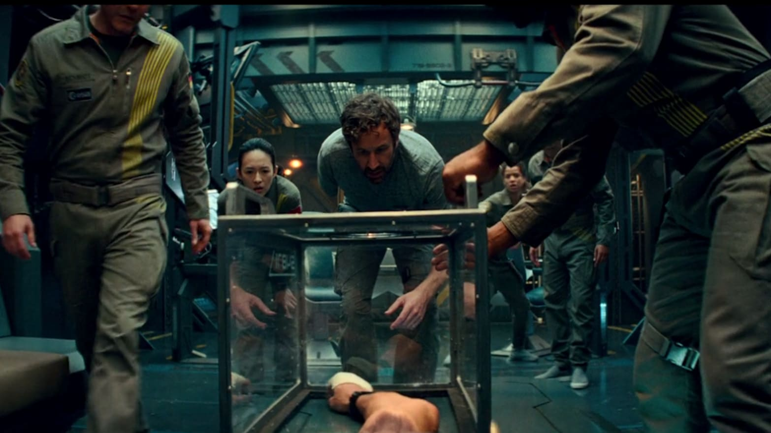 The Cloverfield Paradox Netflix S Super Bowl Surprise Is Overhyped