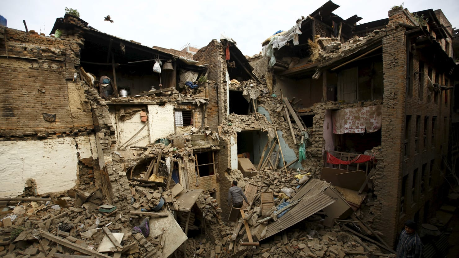 Aftermath of Devastating Earthquake (Photos)