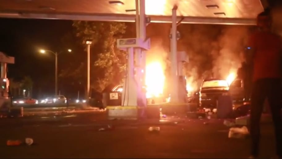Milwaukee Gas Station Burned After Police Shooting