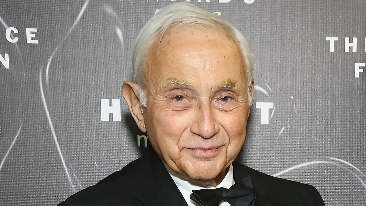 Ohio's Richest Republican Backer Leslie Wexner Quits Party After Visit From President Obama