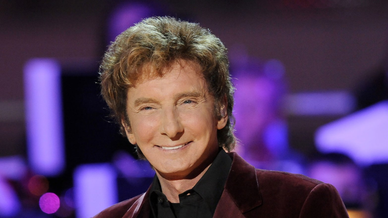 GUS RUELAS/Reuters. Barry Manilow is gay ...