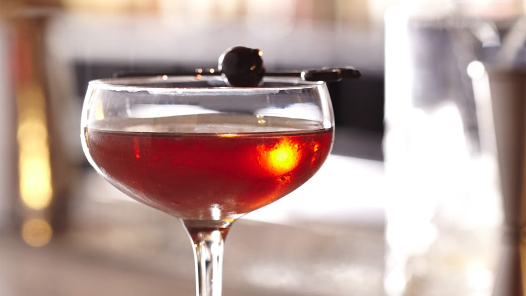 The Mysterious Art of Mixing a Manhattan
