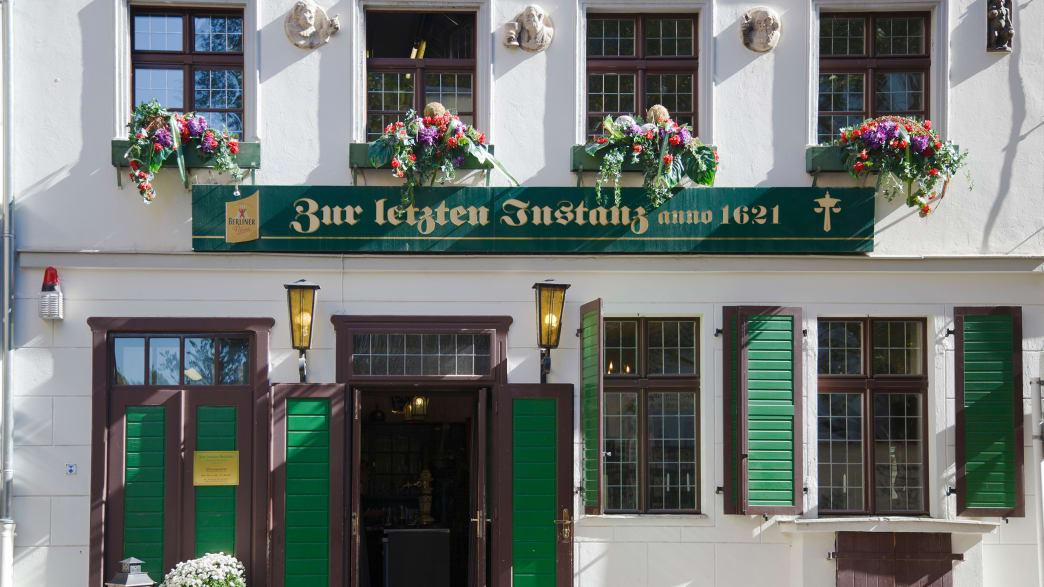 Inside The World's 10 Oldest Restaurants