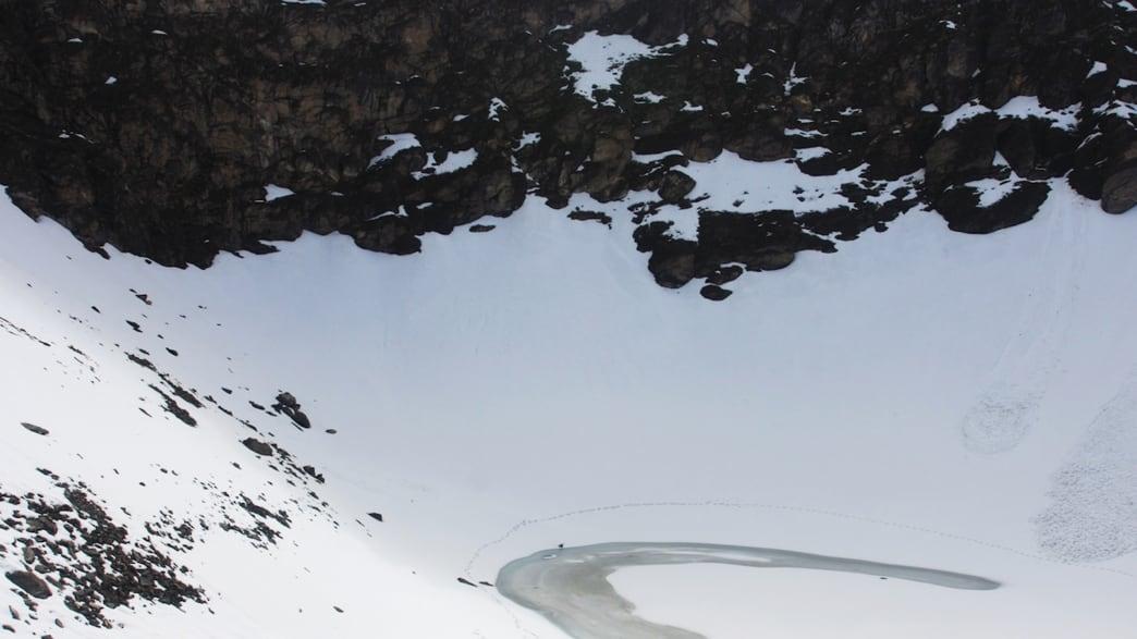 India's Mysterious Skeleton Lake