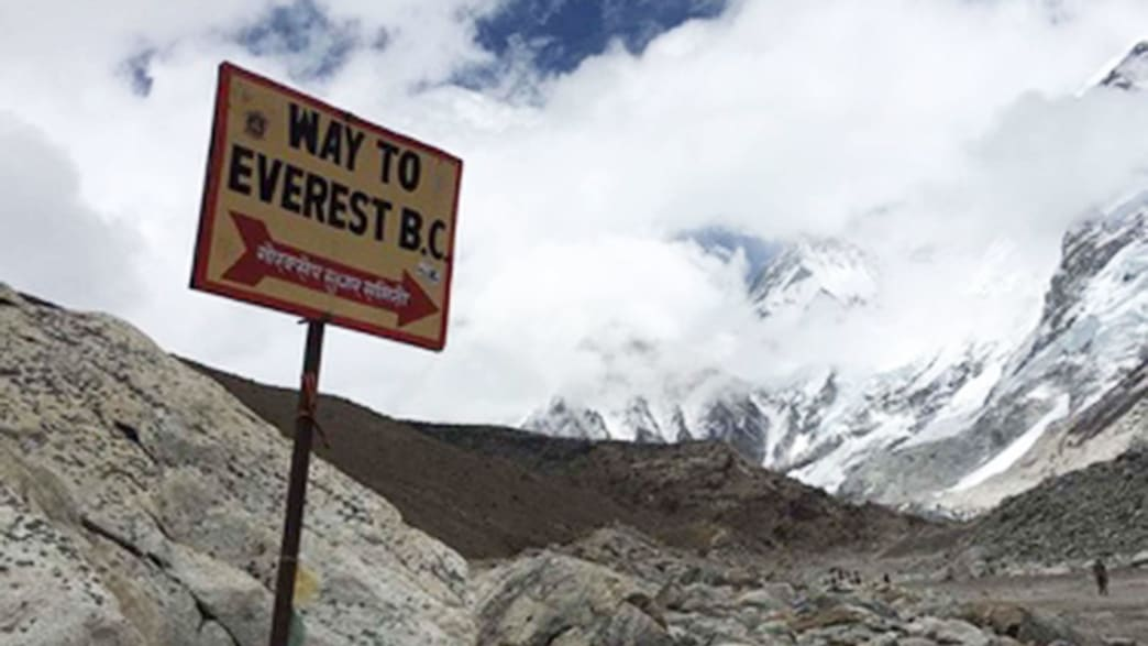 How Tourists Are Loving Mount Everest to Death