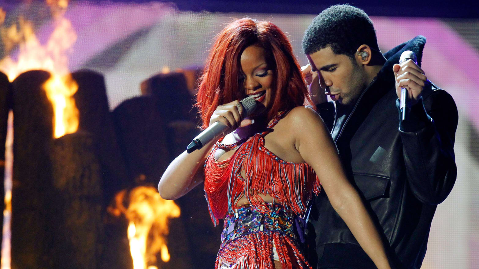 Er rihanna dating drake 2013