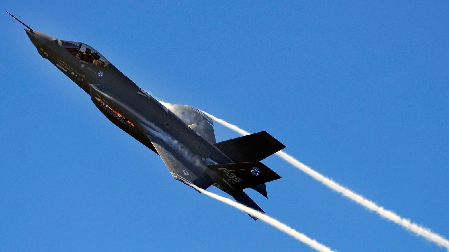 Military Admits Billion-Dollar War Toy F-35 Is F**ked