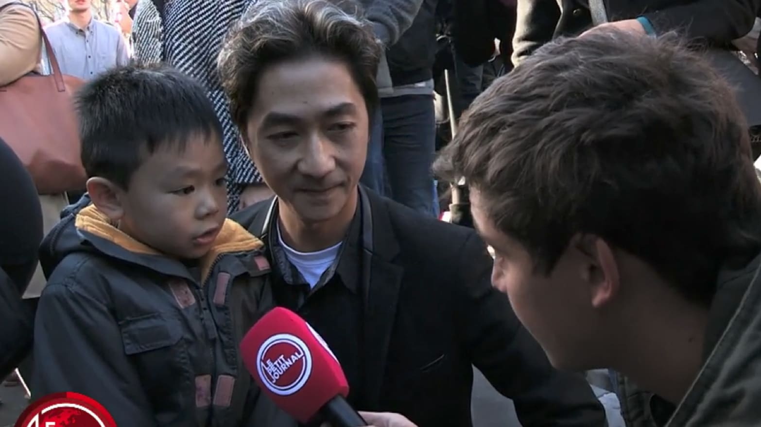 This Father Explaining The Paris Attacks To His Young Son