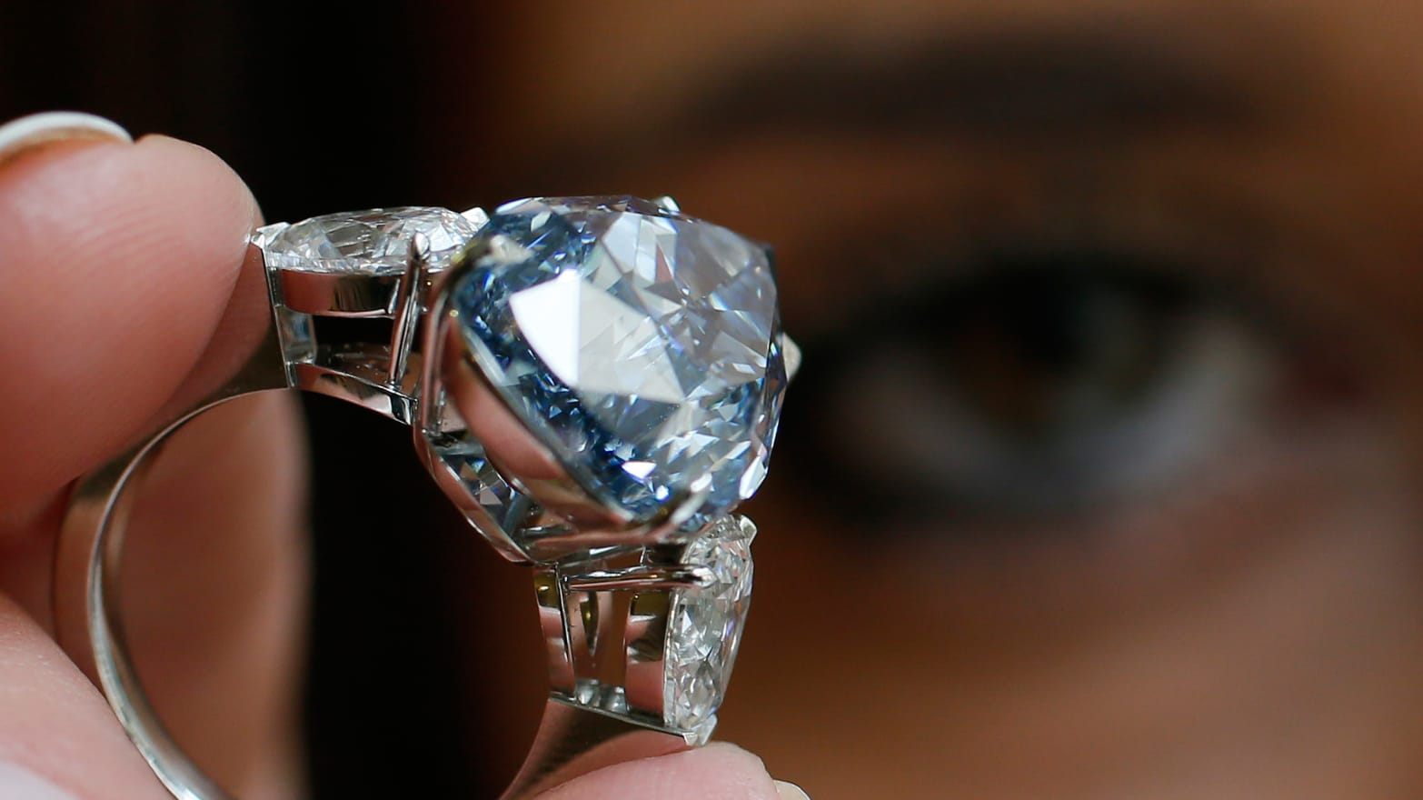 Can Diamonds Detect Cancer?