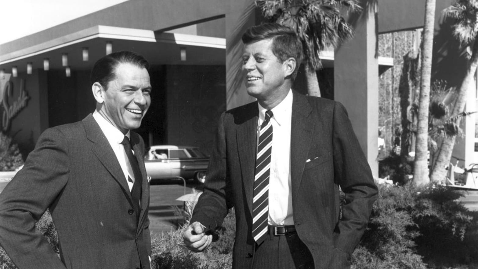 4bc98c075 Sinatra, From Kennedy Man to Reaganite