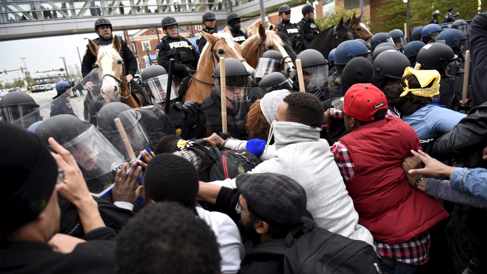 Bloods And Crips Team Up To Protest Baltimore S Cops