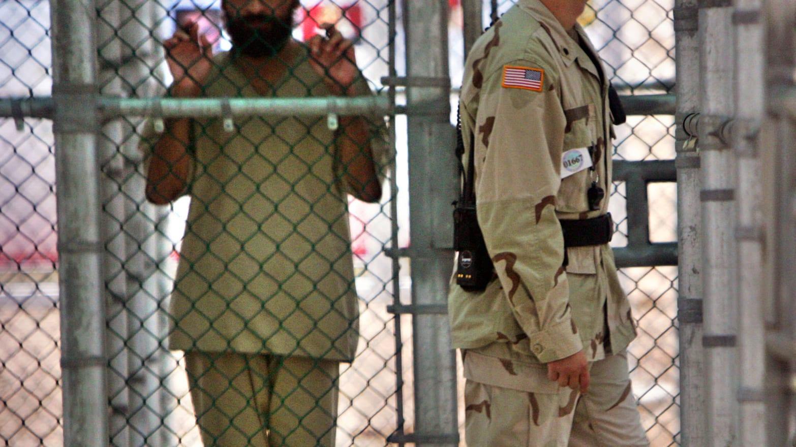 Adult Guide Guantanamo