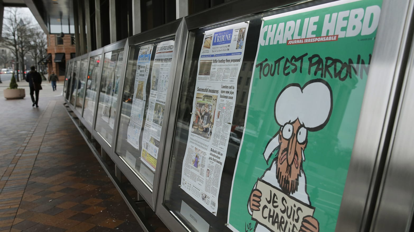 Who Did And Didn T Publish The Charlie Hebdo Cover Image