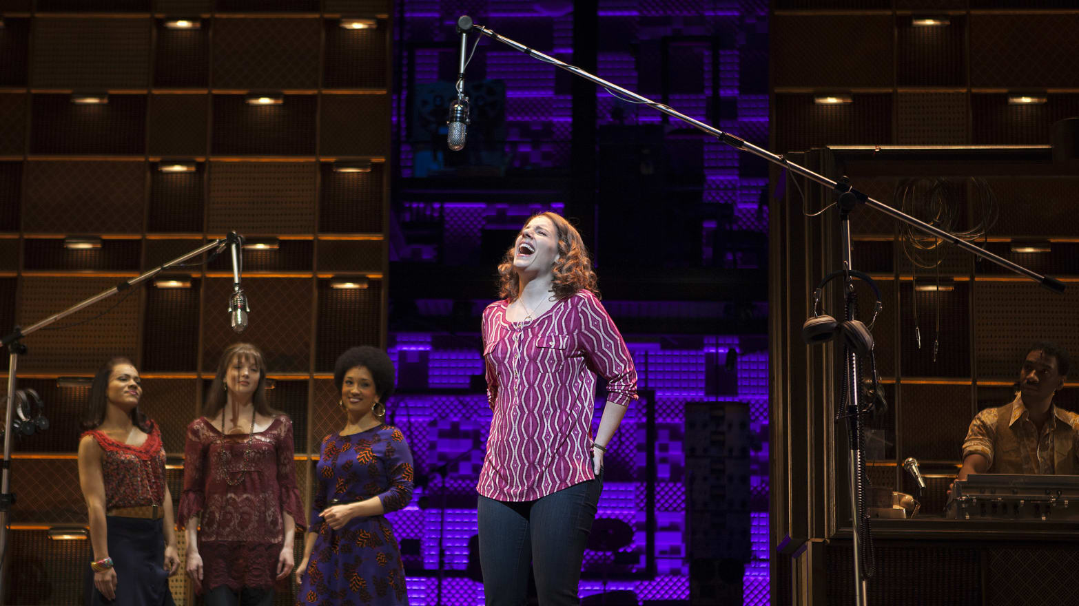 Beautiful: The Carole King Musical' Review: A Few Discordant
