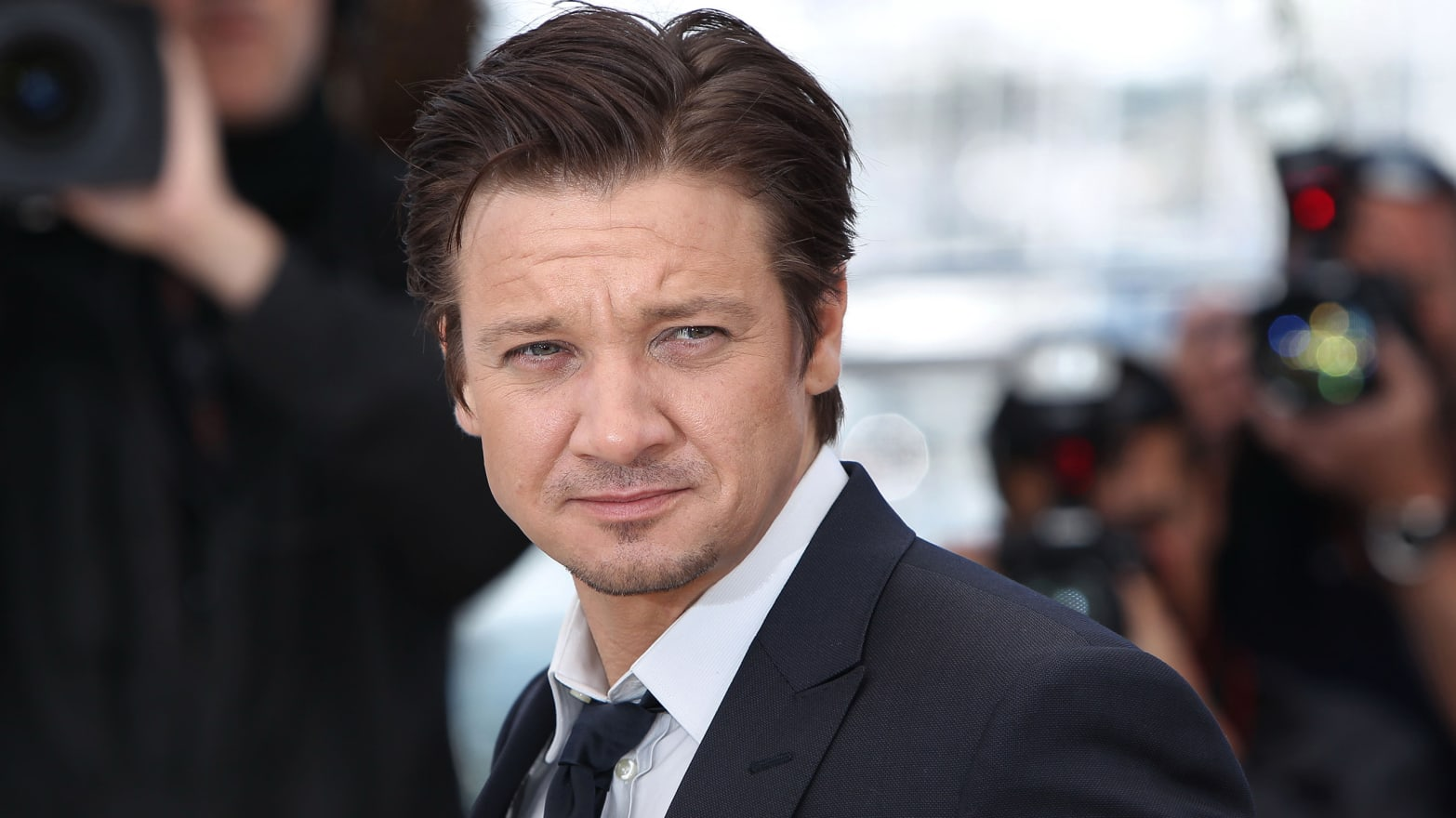 Jeremy Renner Opens Up About Marriage, His Problems with ...