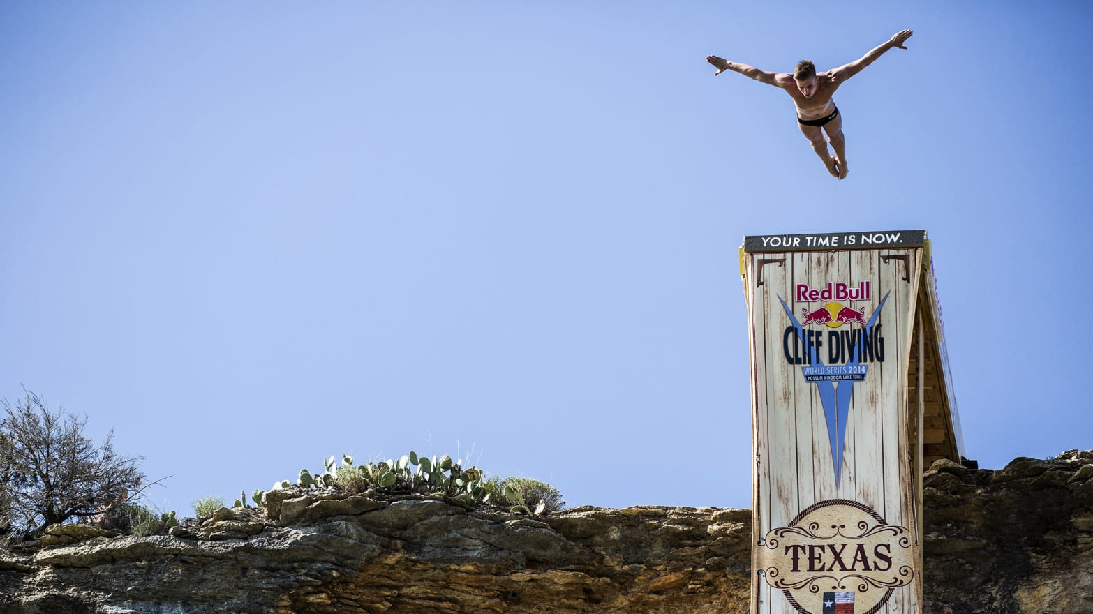 The World Series of Cliff Diving Takes Itself Very Seriously