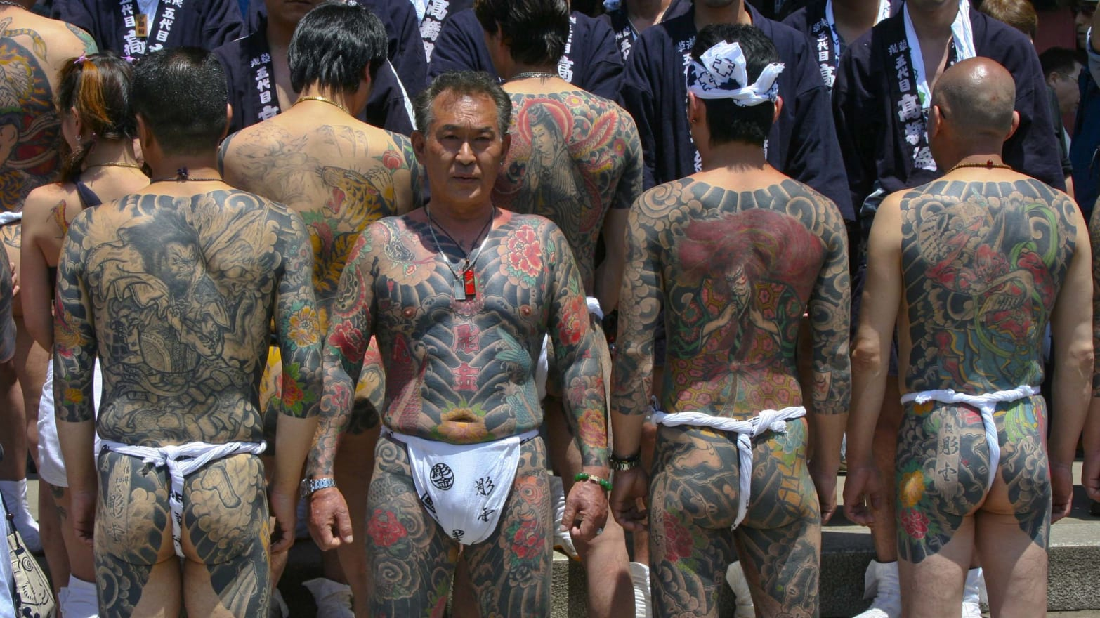 19751c6ca38 unknown/Getty. The number of yakuza ...