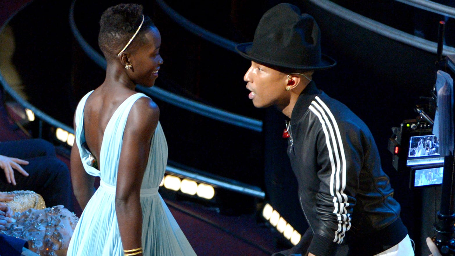 Oscars 2014 Best Moments: Lupita Wins, Pink Sings & One Epic