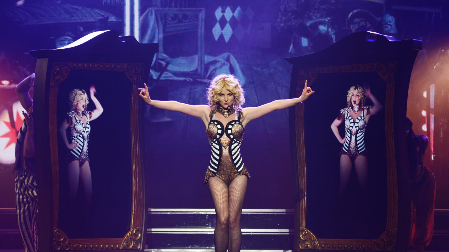 Britney Spears's Vegas Show Is a Big Fat Hit, Obviously