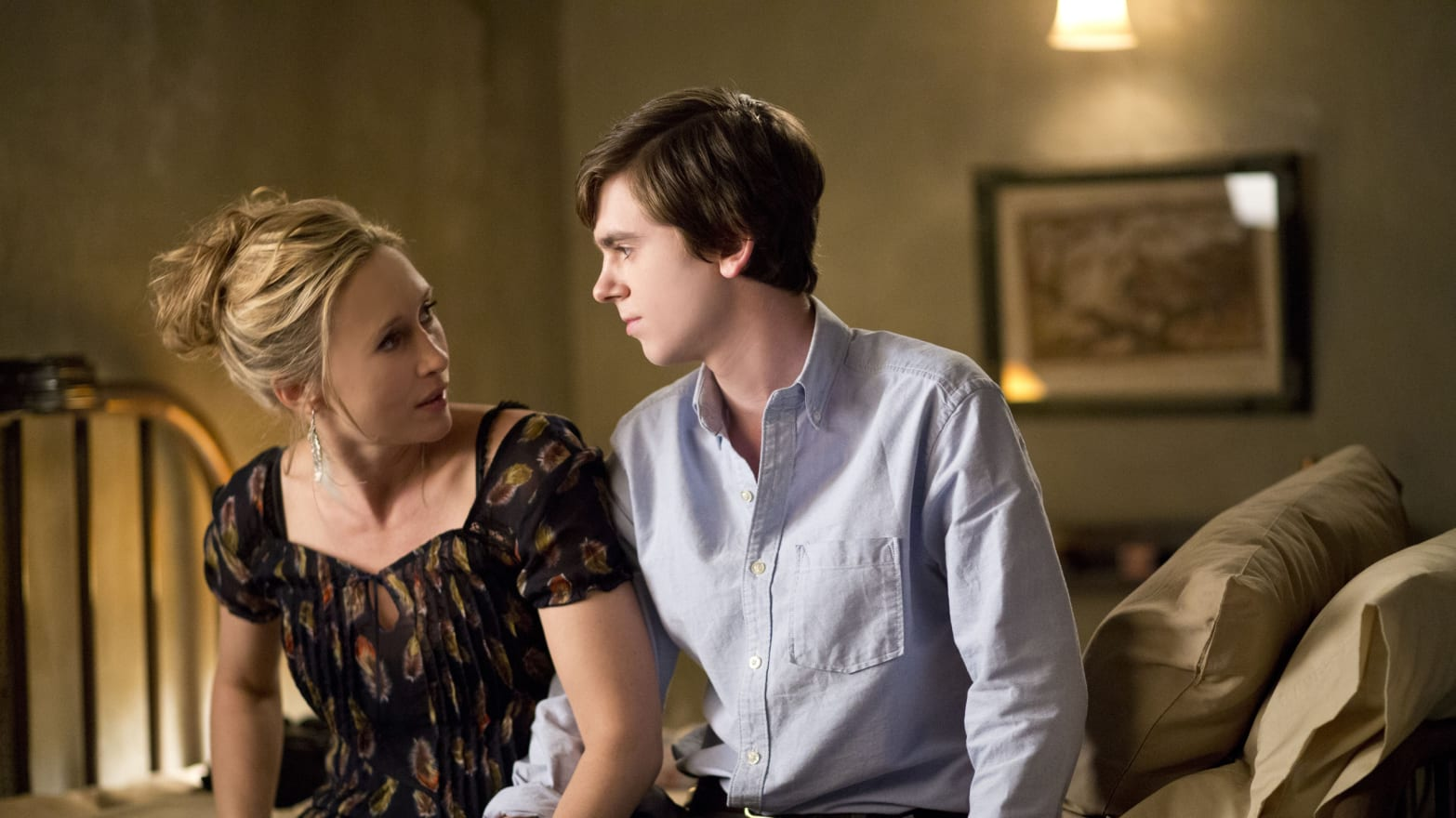 Innocent Sex Scene bates motel' debate: sex scenes, mother issues & implausible