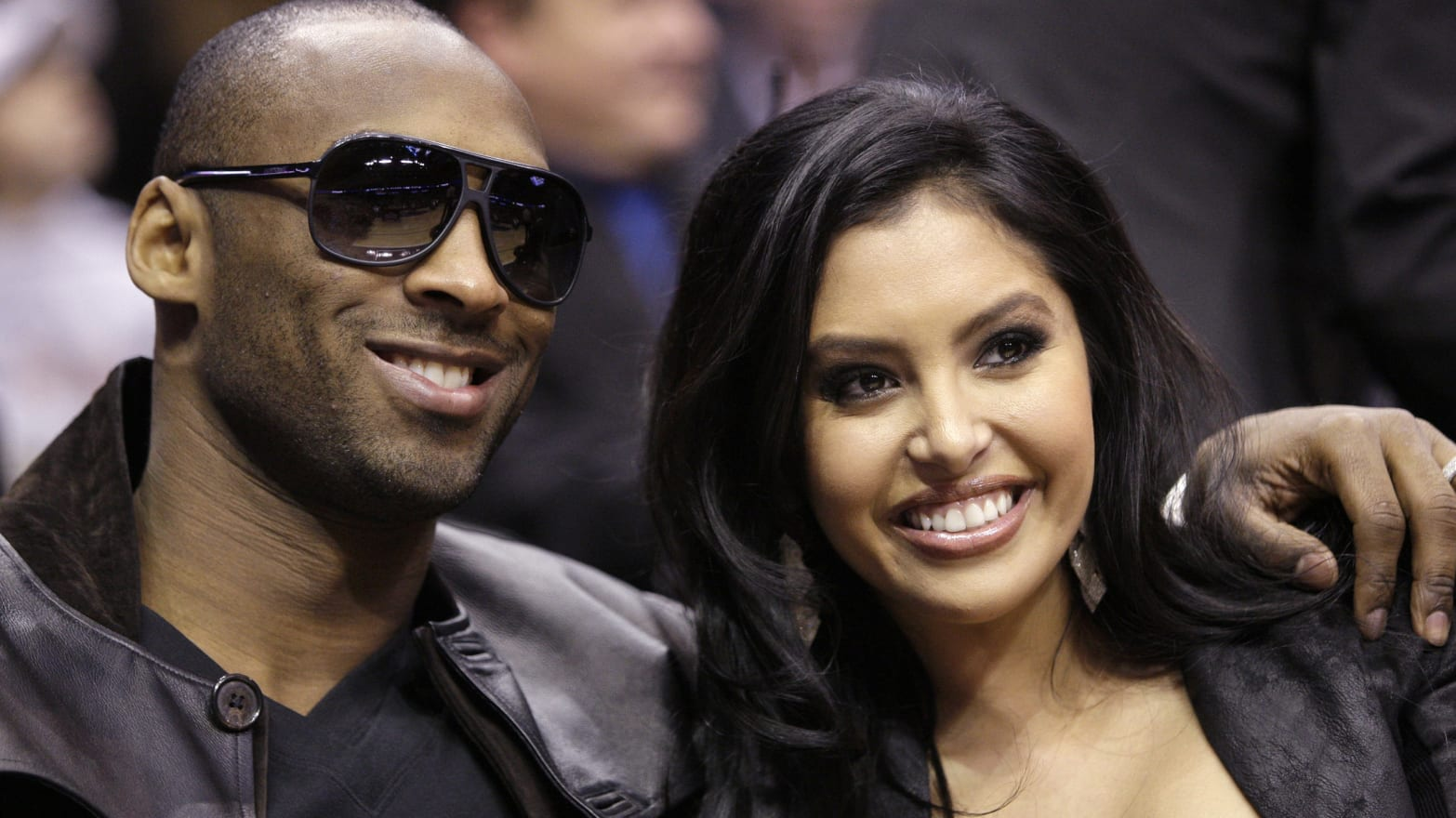 Why the Lakers' Kobe Bryant and Wife Vanessa Are Staying