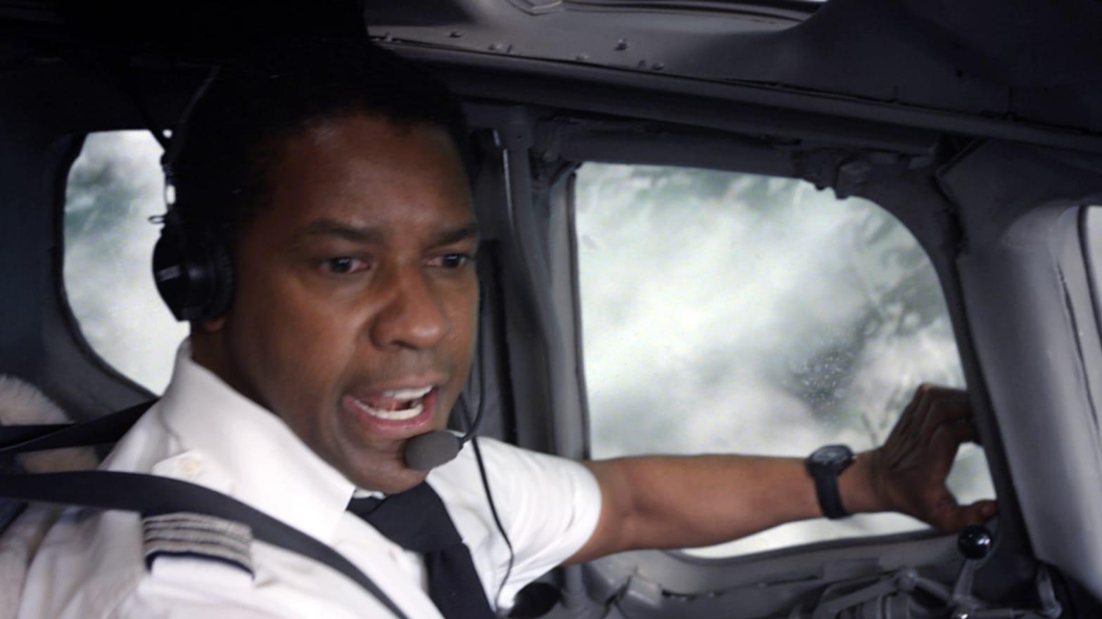 Real Pilots Laugh At 'Flight'