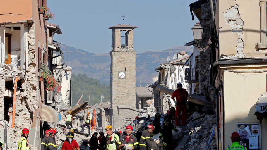 Italy Quake Death Toll Climbs to 290