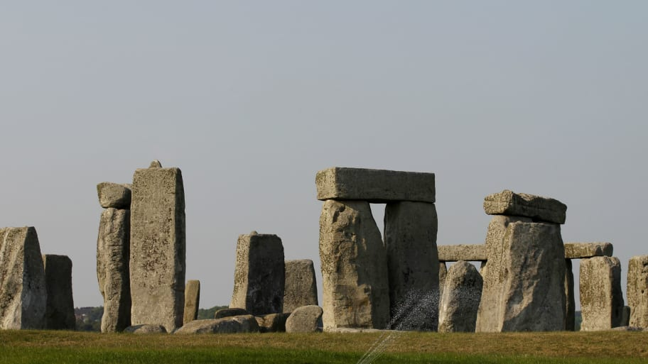 Stonehenge mystery resolved Stonehenge circle mystery resolved by water hose that was quick