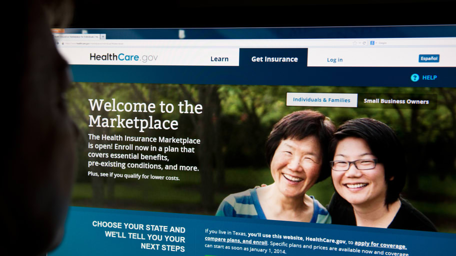 Report: 476,000 Apply for Obamacare