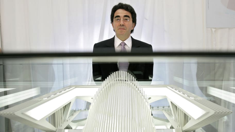 0de34ece37 Santiago Calatrava  A Pain In the Apse