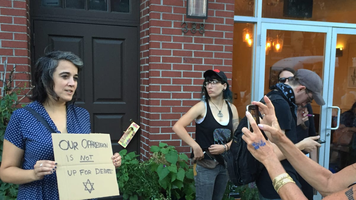 Jew-Hater Christopher Bollyn Brings 9/11 False Flag Act to the Brooklyn Commons