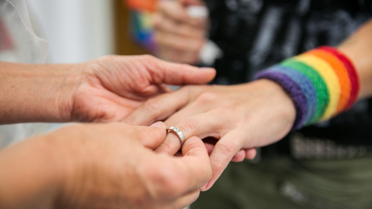 substantive dating or engagement relationship