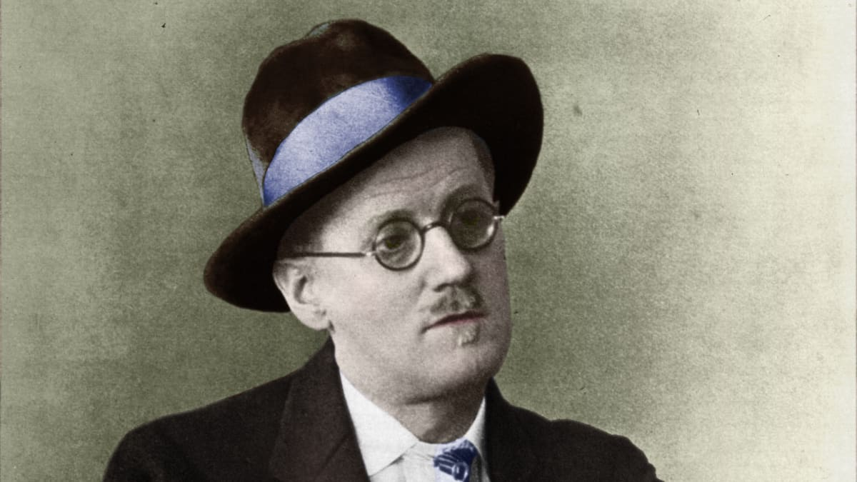 the similarities in the themes in several of james joyces stories Notes on james joyce's ulysses it is the epic of two races (israel-ireland) and at the same time the cycle of the human body as well as a little story of a day (life) it is also a kind of encyclopaedia.